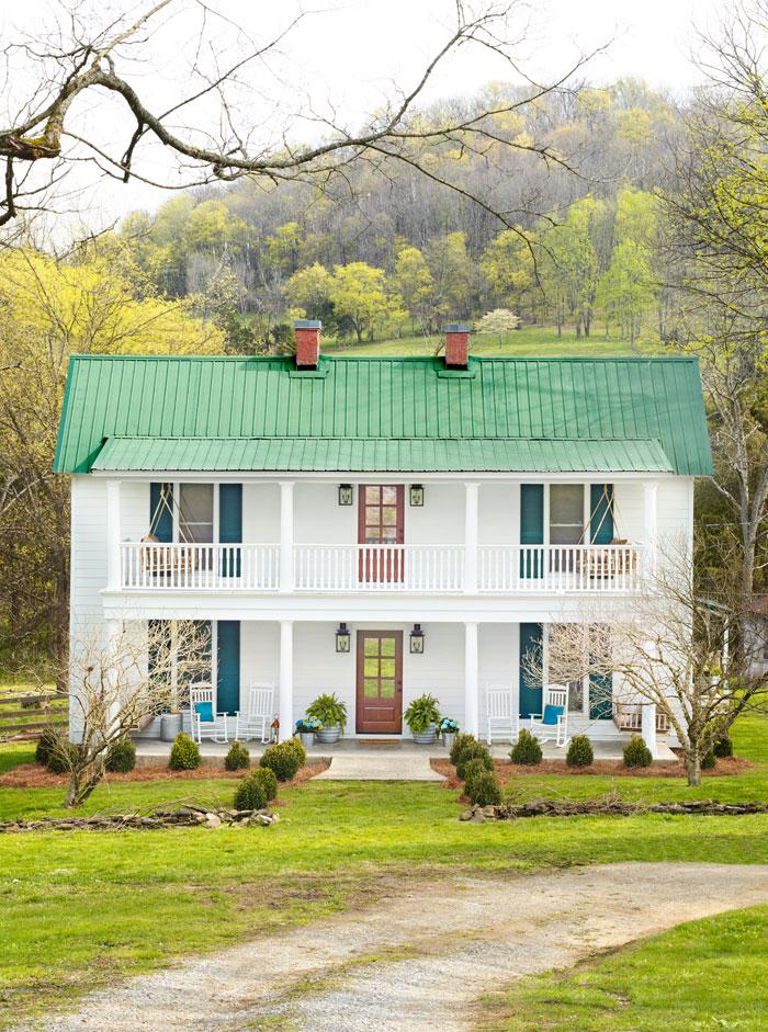 Modern Farmhouse Exterior Image Via Country Living Farmhouse Modernfarmhouse Farmhouseexterior