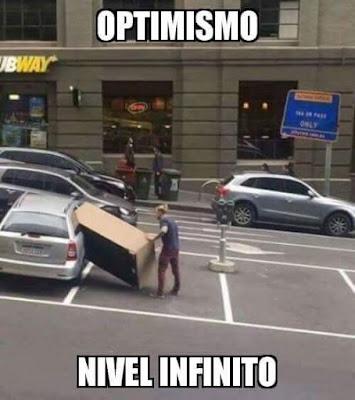 Optimismo, nivel infinito,sofá, coche, transporte