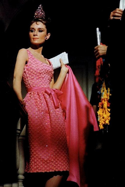 Vestido rosa em Bonequinha de luxo