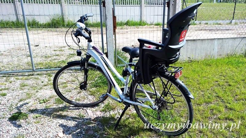 Pierwszy fotelik rowerowy