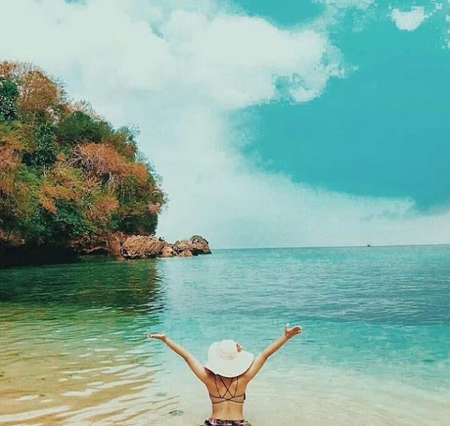 Wisata Pantai Labuan Sait di Pecatu Kuta Selatan Badung Bali Terbaru
