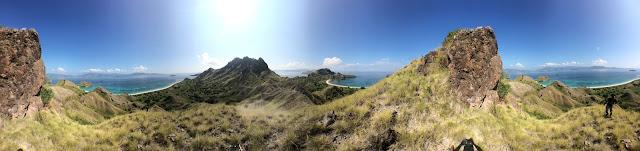 panorama pulau padar dari sisi tersembunyi