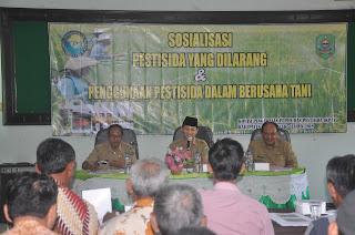 Plt Bupati Nur Arifin Buka Sosialisasi Tentang Penggunaan Pestisida