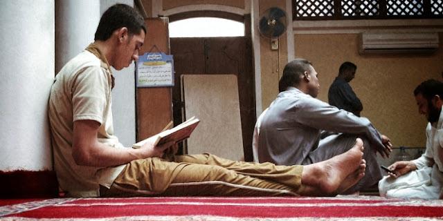 Pria Ini Peluk Islam Usai Baca Aturan Tentang Toilet