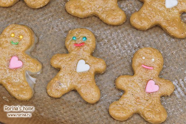 Чем смазать печенье перед выпечкой