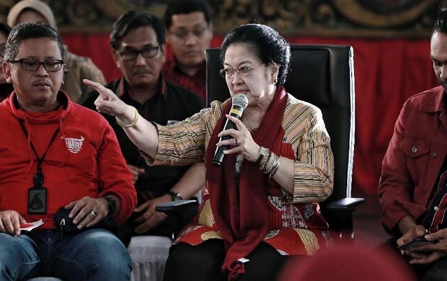 Pidato di Kantor DPP PDIP, Megawati Minta Jangan Hujat Pak Harto
