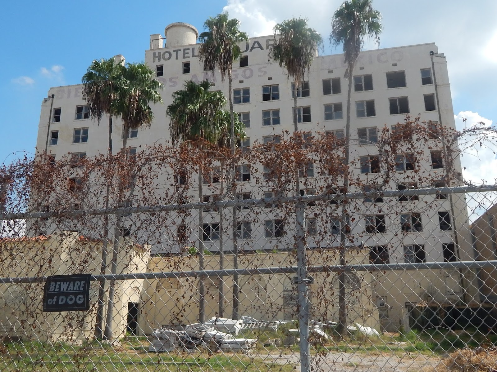 The Brownsville Observer: El Jardin Hotel~Not Structurally ...
