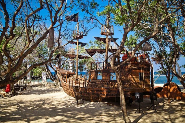The Pitates Bay Beach Club, Bali