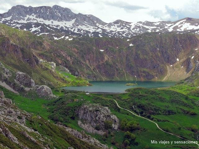 lago del Valle, Lagos de Saliencia, Parque Natural de Somiedo, Asturias