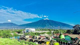 Gunung Salak