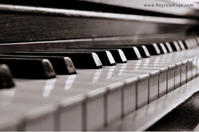 Rüyada Piyano Görmek ile alakali tabirler, Rüyada görmek ne anlama gelir, nasil tabir edilir? rüya tabirlerine göre ve dini rüya tabirlerinde anlami tabiri nedir