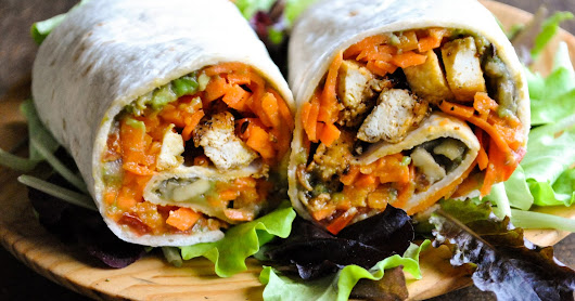 Vegan wraps with carrot noodles, pepper tofu and guacamole