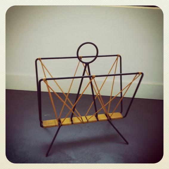 porte revues scoubidou vintage vendu au grenier chic. Black Bedroom Furniture Sets. Home Design Ideas