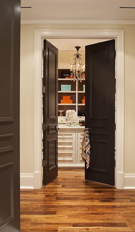 DG Style: Home Trend: Black Interior Doors