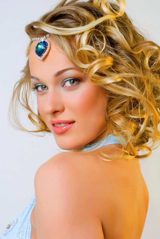 Prom hairstyles for medium length hair 2013  The Haircuts