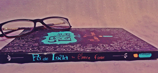 Resenha Pó de Lua - Clarice Freire