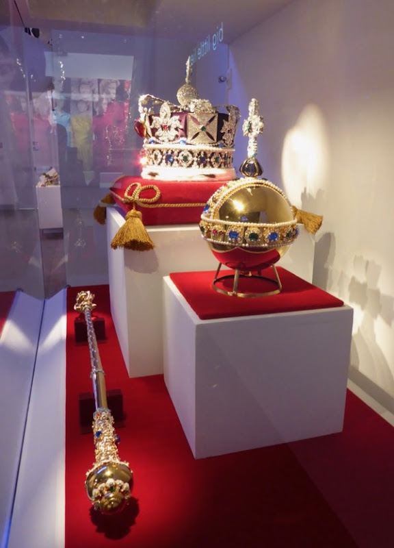 Crown Jewels TV replica props