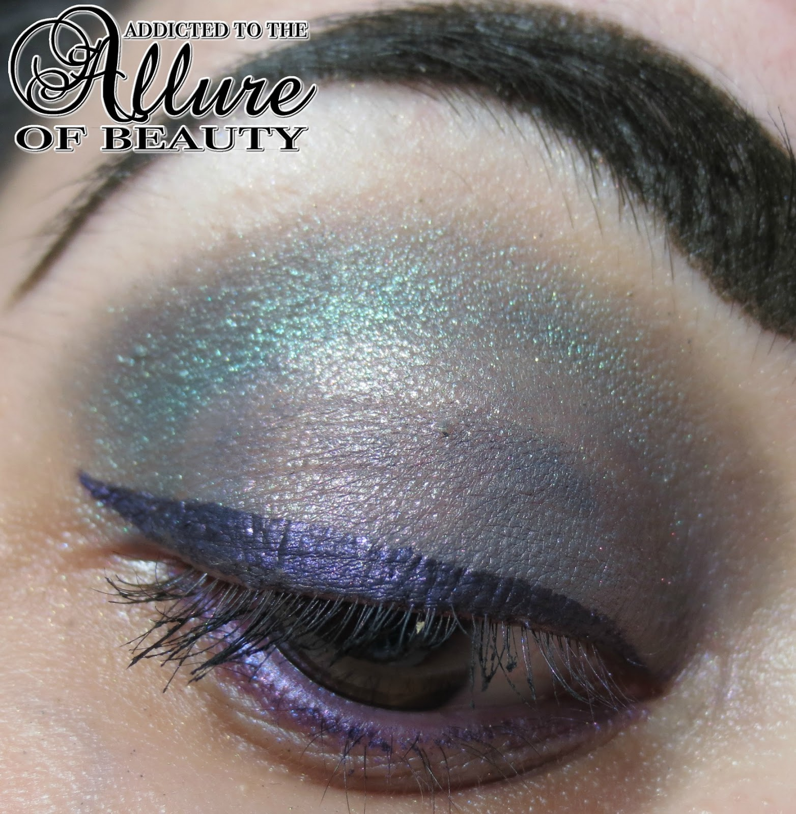 Now Kiss And Makeup: Addicted To The Allure Of Beauty...: See Me Now, Kiss Me