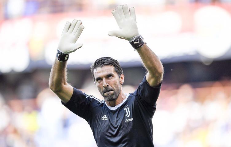"""Buffon: """"Mnogo dugujem fudbalu"""""""