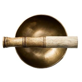 http://www.natureetdecouvertes.com/huiles-essentielles-et-bien-etre/relaxation/bols-accessoires-relaxation/bol-chantant-tibetain-15183640