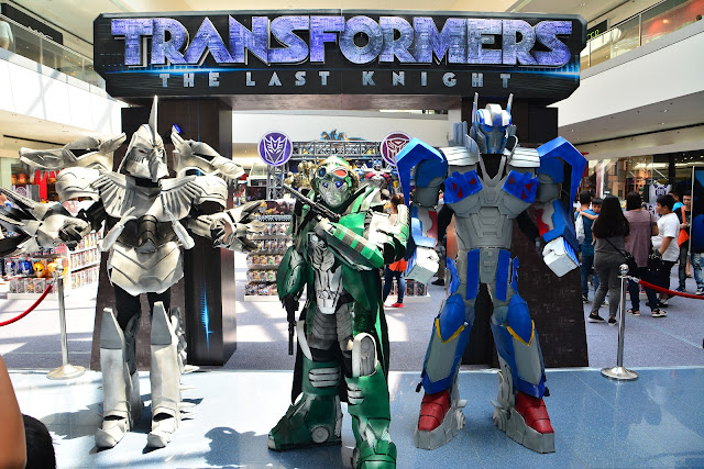 TRANSFORMERS: THE LAST KNIGHT AT TOY KINGDOM