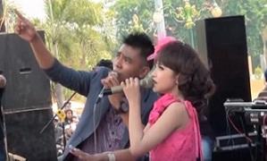 DOWNLOAD : Lagu DINDING KACA - Gerry & Tasya New Palapa