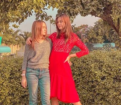 Shoumaya Tazkiyyah dan Rebecca Tamara