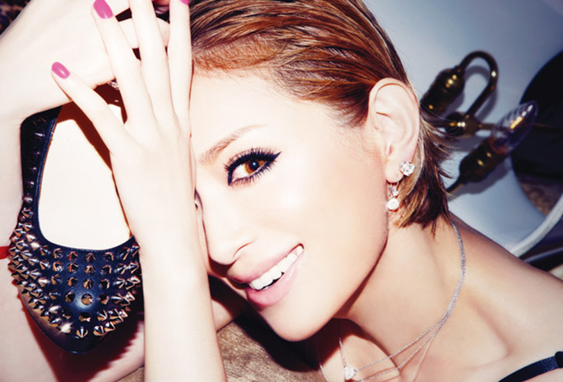 Album review: Ayumi Hamasaki - Party queen | Random J Pop