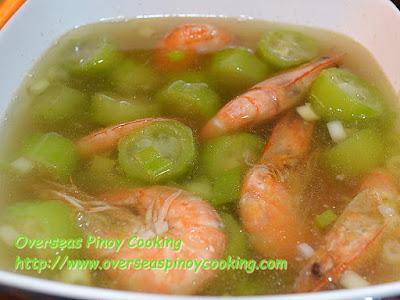Pinatolang Sugpo Recipe