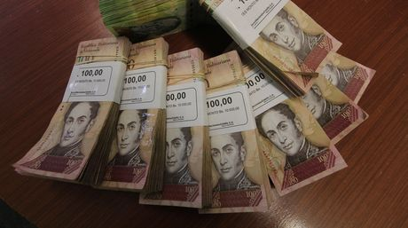 Nueva crisis por falta de billetes en el país