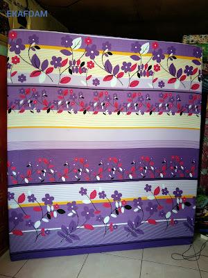 Kasur inoac motif bunga sakura ungu