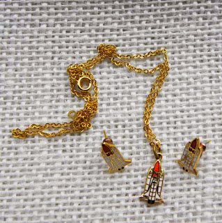 Space rocket jewellery set of earrings and necklace
