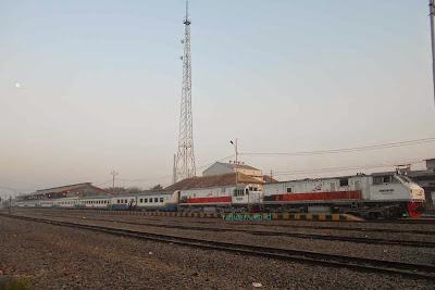 Tiket KA Mutiara Selatan Turun Harga Untuk November 2014