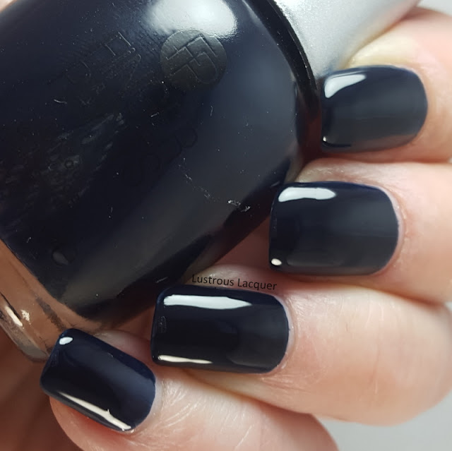 Dark-Navy-Blue-Creme-Nail-Polish