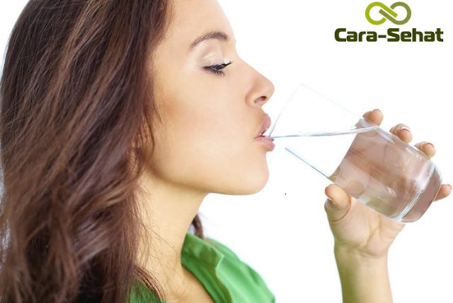 13 Bahaya Akibat Kurang Minum Air Putih Bagi Kesehatan