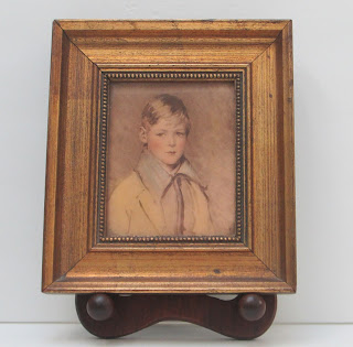 Small Peter Picture in frame full front-