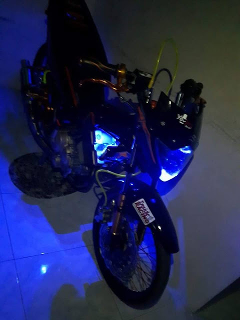 Modifikasi Suzuki Satria F 150 Black Shine