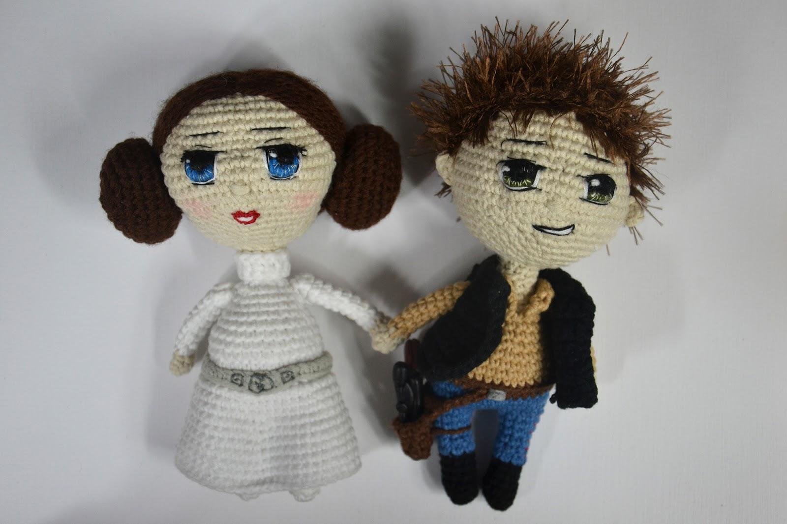 Malvin the amirugumi mouse - A free crochet pattern - Yarnhild.com | 1066x1600