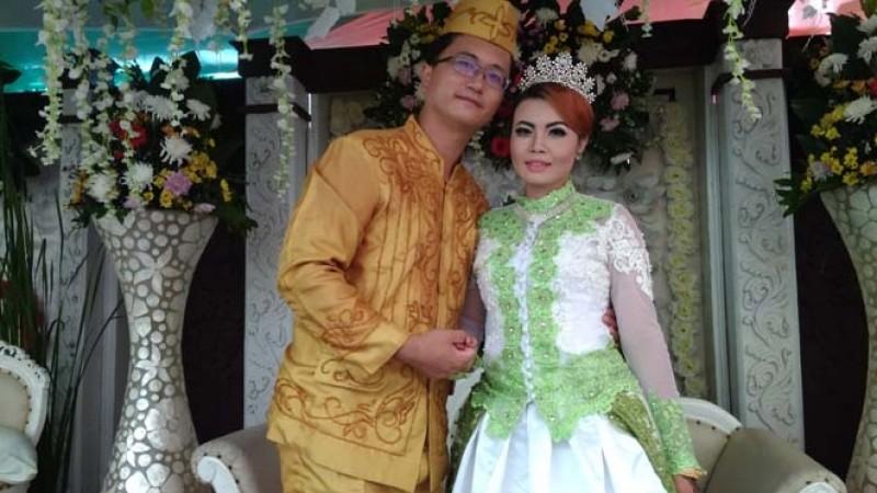 Pernikahan Jayanti dan Zhou Hong Zhe