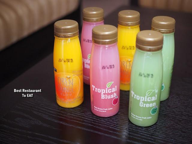 FEDERAL HOTEL KONTIKI SELERA KAMPUNG Set 8 Menu - Pink Guava, Orange and Guava juice