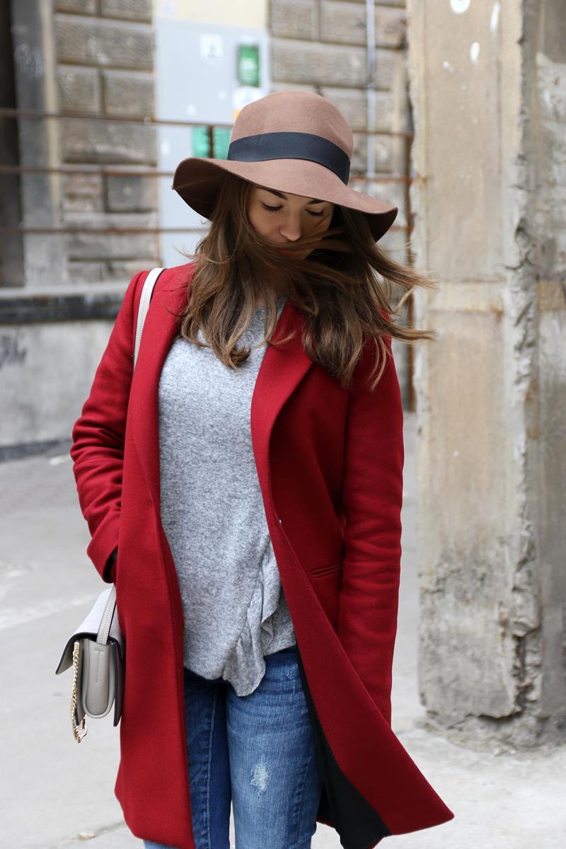 karmelowy kapelusz stylizacja