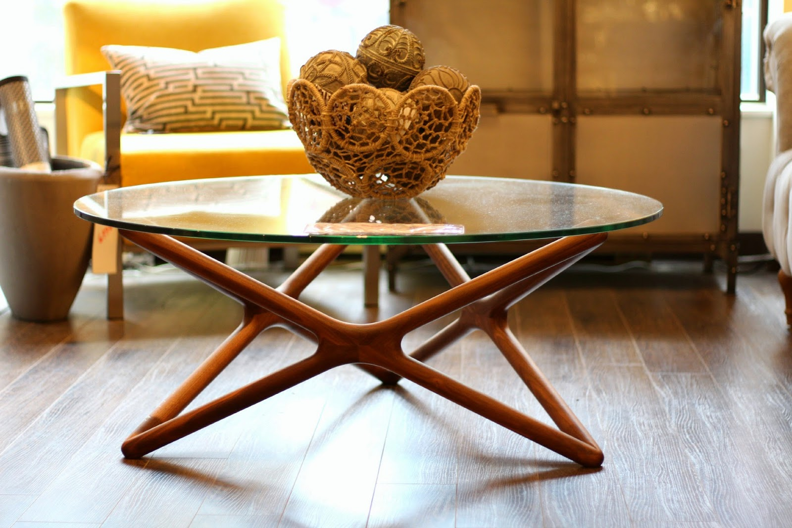 dcovia ma nouvelle boutique de d coration int rieure. Black Bedroom Furniture Sets. Home Design Ideas