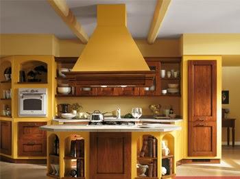 Consigli per la casa e l 39 arredamento imbiancare cucina colori giallo e verde - Colore parete cucina noce ...