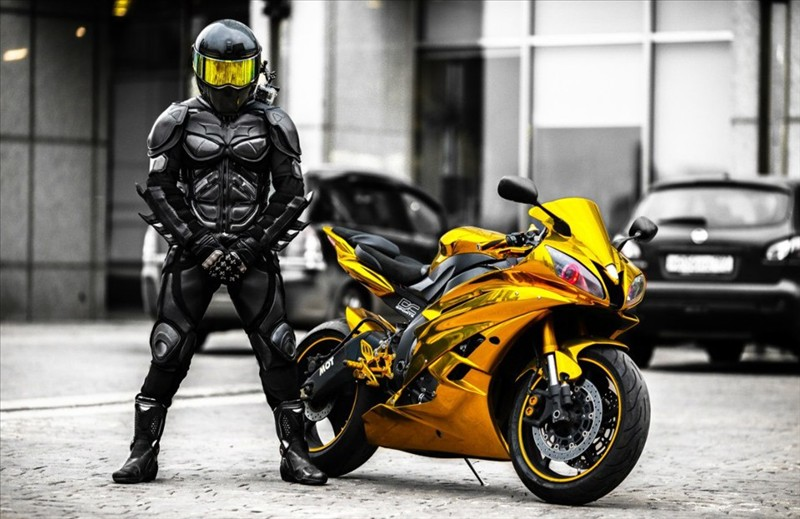 Sportbike Yamaha R6 Gold Chrome Batman My Interests