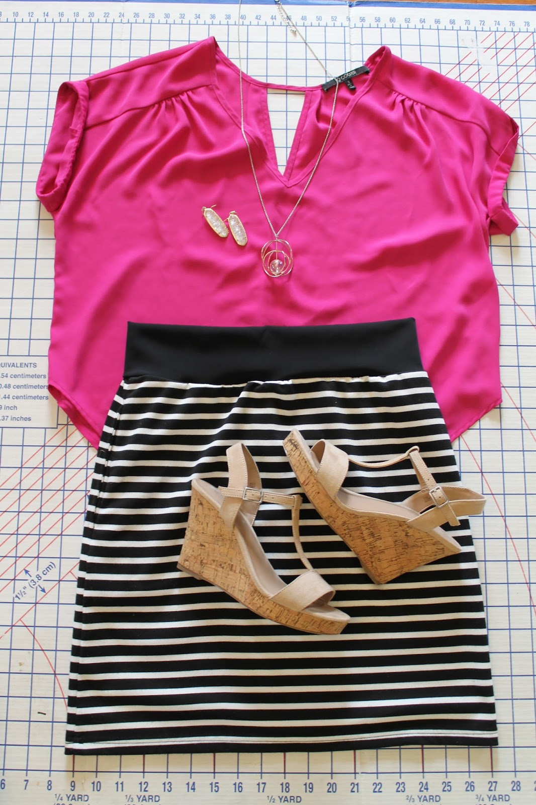 Seamingly Smitten: How to Turn a Dress into a Skirt / DIY ...