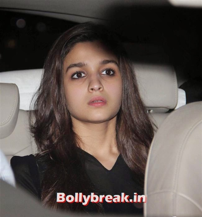 Alia Bhatt, Bollywood celebs Clicked in their Cars at 2 States Special Screening