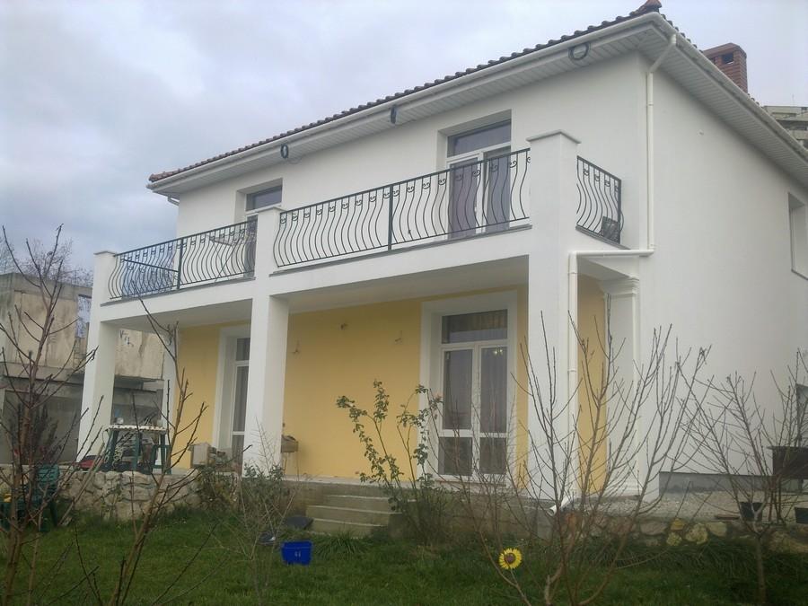 Отделка фасада дома Севастополь