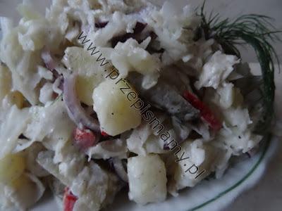 Sałatka z kapusty i ziemniaków
