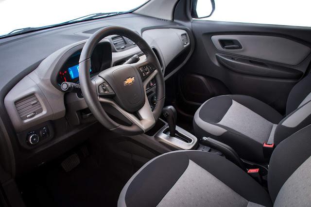 Novo Chevrolet Spin 2017 - espaço interno