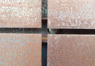 Cortenstahl Im Frisch Montierten Zustand. Die Oberfläche Ist Wie Beim  Stahlhändler Gekauft. Wir Nennen Diese Optik Walzblau Und Unbehandelt.